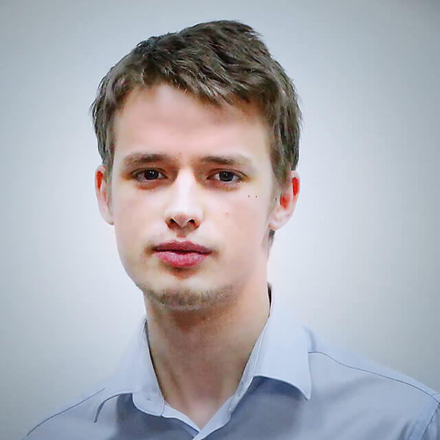 Максименко Артём